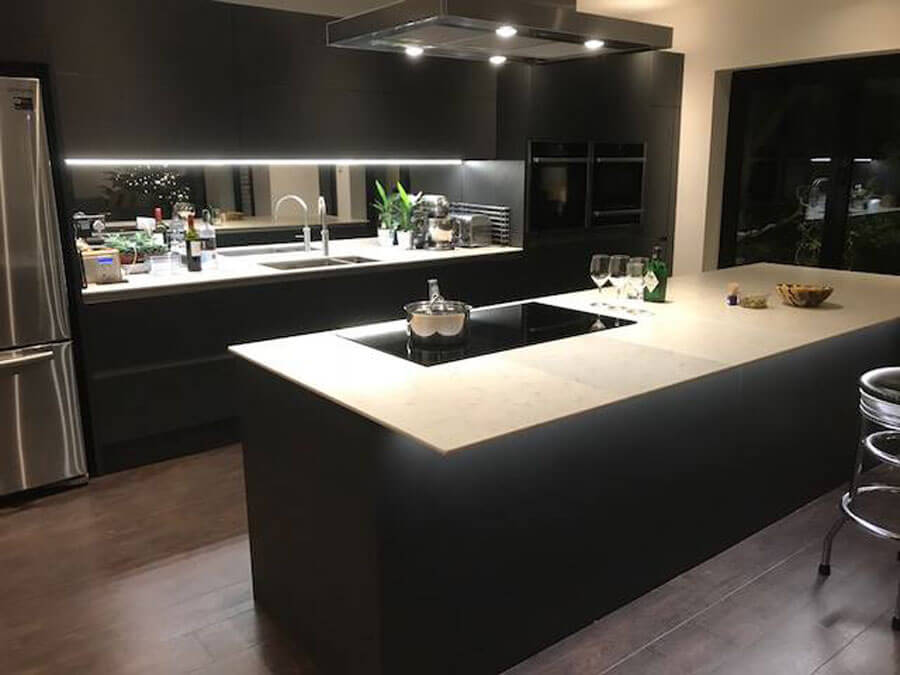 Quartz Kitchen Tops